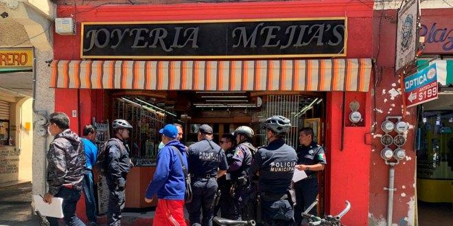 Detienen a tres sujetos por asaltar una joyería en Pachuca