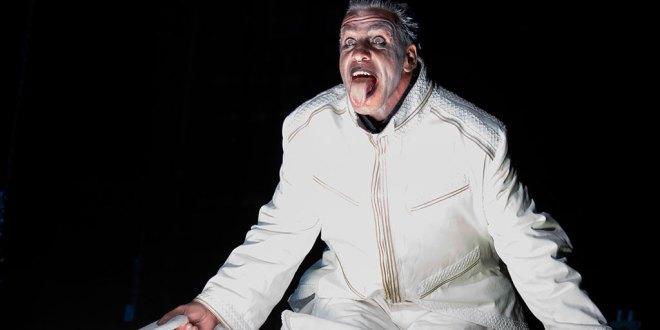 Da positivo a coronavirus el vocalista y líder de Rammstein