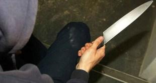En Actopan, investigan a sujeto que amenazó a su pareja con un cuchillo