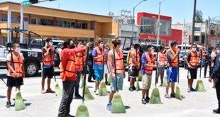 En Durango, jóvenes hacen trabajo comunitario por no respetar aislamiento