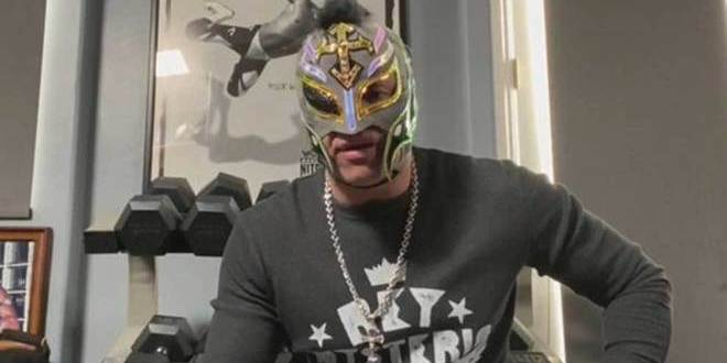 Rey Mysterio no se retira; primero quiere cobrar venganza