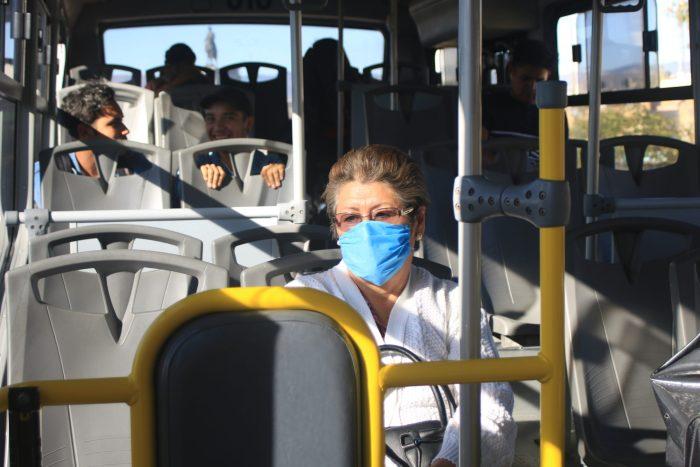 Proponen exhortar a Semot a revisar uso de cubrebocas en transporte