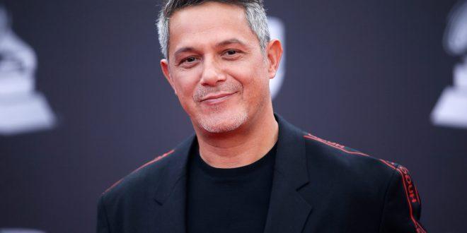 Busca Alejandro Sanz parar a su ex en demanda de divorcio