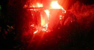 incendia camioneta accidente Pachuca-Actopan