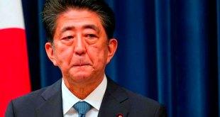 Primer ministro japonés Shinzo Abe dimite problemas salud