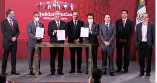 Suben acciones de Televisa y Azteca tras 'pacto' para transmitir clases