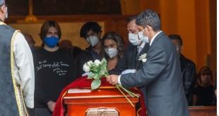 Dieron familiares y amigos el último adiós a Xavier Ortiz