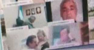 Suspenden a diputado por besar los pechos de una mujer durante una sesión