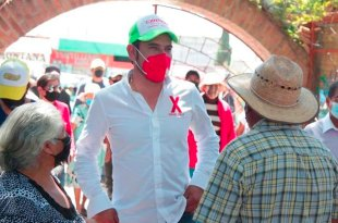 Acusa Israel Félix persecución campaña