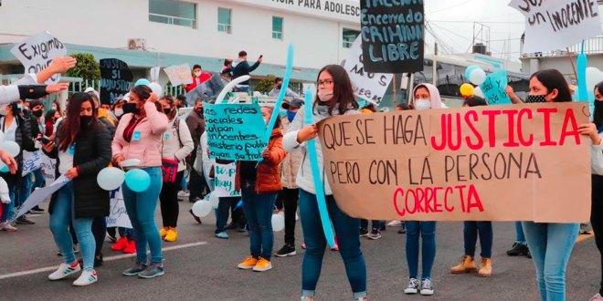 Familiares de detenido por presunto feminicidio de Mariana, se manifiestan