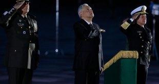 Rinde López Obrador homenaje víctimas sismos