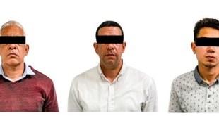 Aseguran a tres venezolanos que intercambiaban tarjetas bancarias, en Pachuca