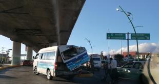 taxi unidad trasporte público Colosio Pachuca