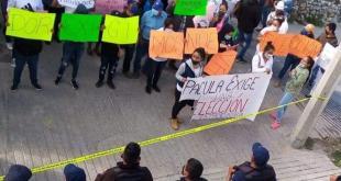 Manifestantes exigen elecciones limpias en Pacula, tras quema de boletas
