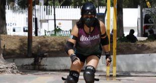 Velocidad, destreza y estrategia en patines: roller derby