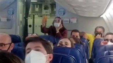 Insultan pasajeros López Obrador tras vuelo