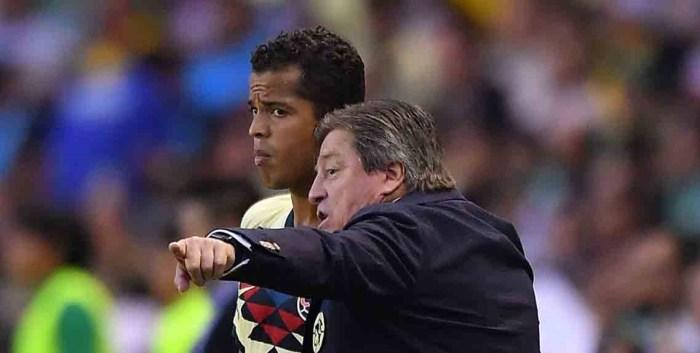 Giovani dos Santos y Miguel Herrera se enfrascan en pleito