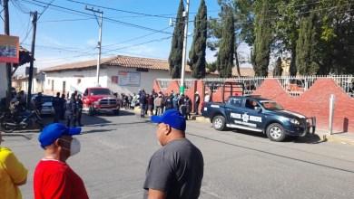 Vecinos Cuautepec retienen y golpean hombre robo