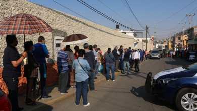 Vacunación en Pachuca, con filas, pero con avance fluido