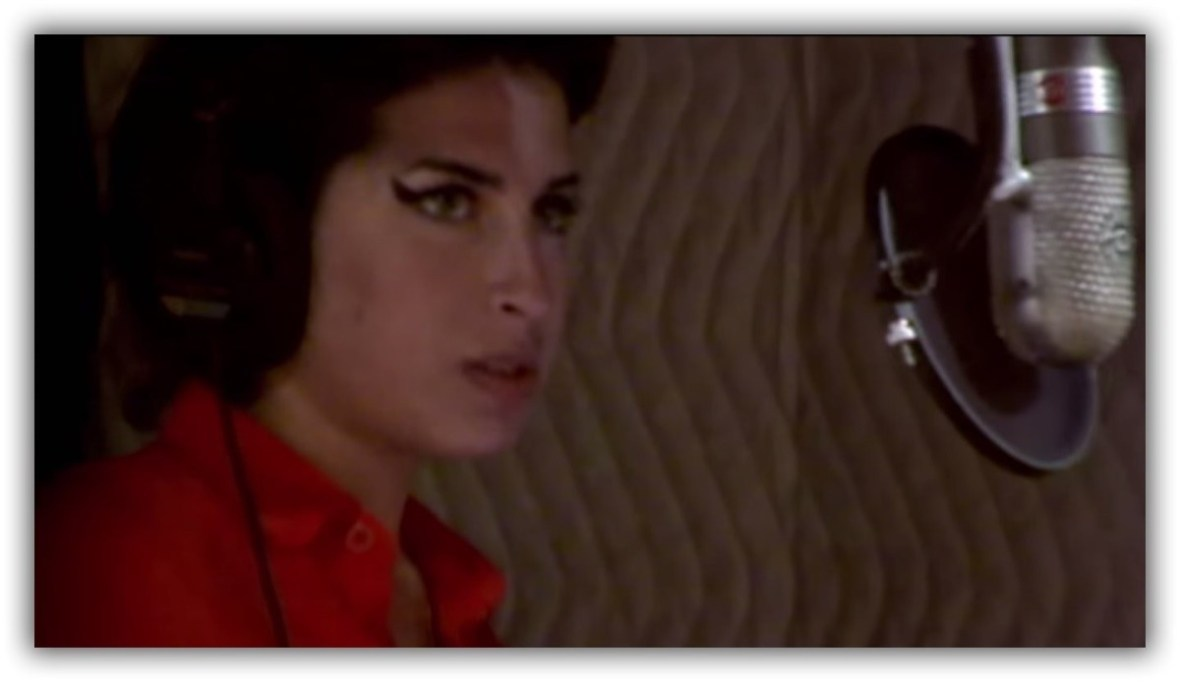 amy-winehouse-documentary-amy-gets-extended-touching-trailer-video-481776-2