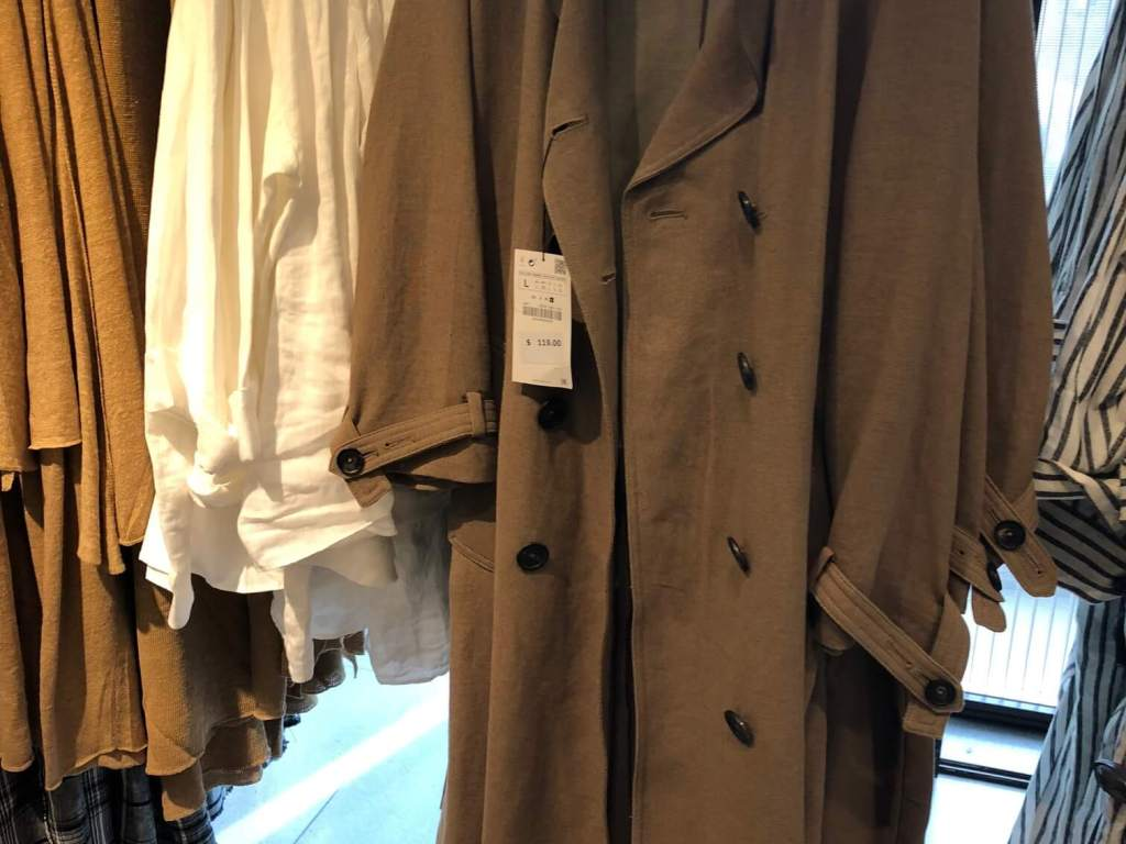 10 tips about trench coats, trench coat, spring coats, raincoat, how to buy a trench coat, New York, spring 2018, trench coat tips, Crivorot Scigliano, Marcia Crivorot, image consultant, personal stylist, personal shopping, personal shopper