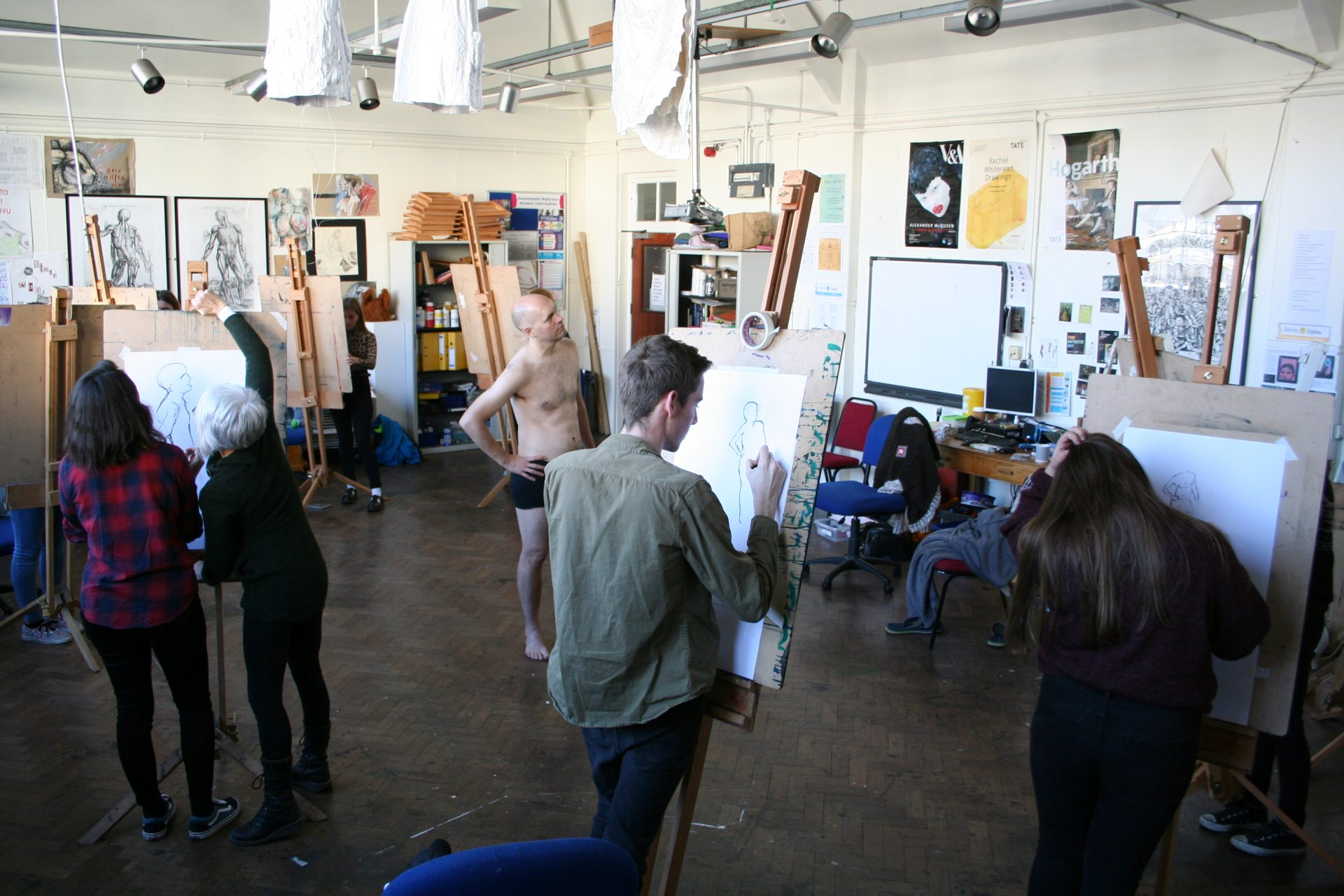 Life-drawing masterclass at Gower College Swansea