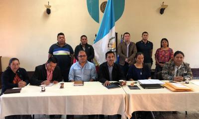 El bloque de la Sociedad Civil anunció en conferencia de prensa que fueron 26 expedientes los que se recibieron y que son los que optan al puesto de Gobernador de Alta Verapaz.(Foto: Eliu Nuila)