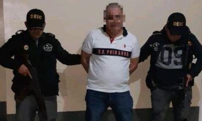 Roberto Giancarlo de Jesús Paredes fue capturado por el delito de femicidio, en la colonia Austria, de Cobán. (Foto: PNC)