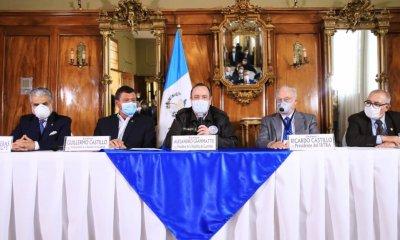 El IGSS, IRTRA e INTECAP, suspendieron los pagos por los siguientes tres meses para las empresas, debido al Coronavirus. (Foto: Presidencia)