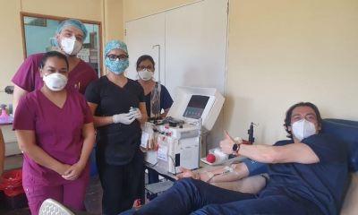 El deportista José Carlos Sarmiento se presentó al Hospital Roosevelt a donar plasma para ayudar a pacientes con COVID-19. (Foto: Twitter)