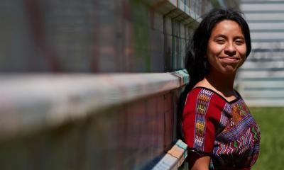 La cantante Sara Curruchich presentó un proyecto de recopilación de música creada por mujeres indígenas. (Foto: EFE)