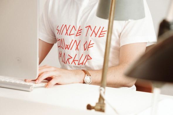 Camiseta Tipografica - por Sandra Almeida