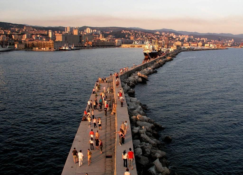 Molo Longo Rijeka