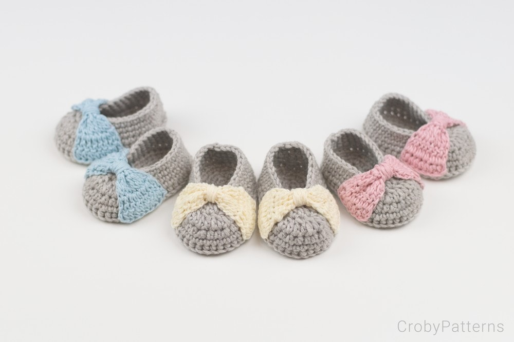 Bow Crochet Baby Booties/ Croby Patterns