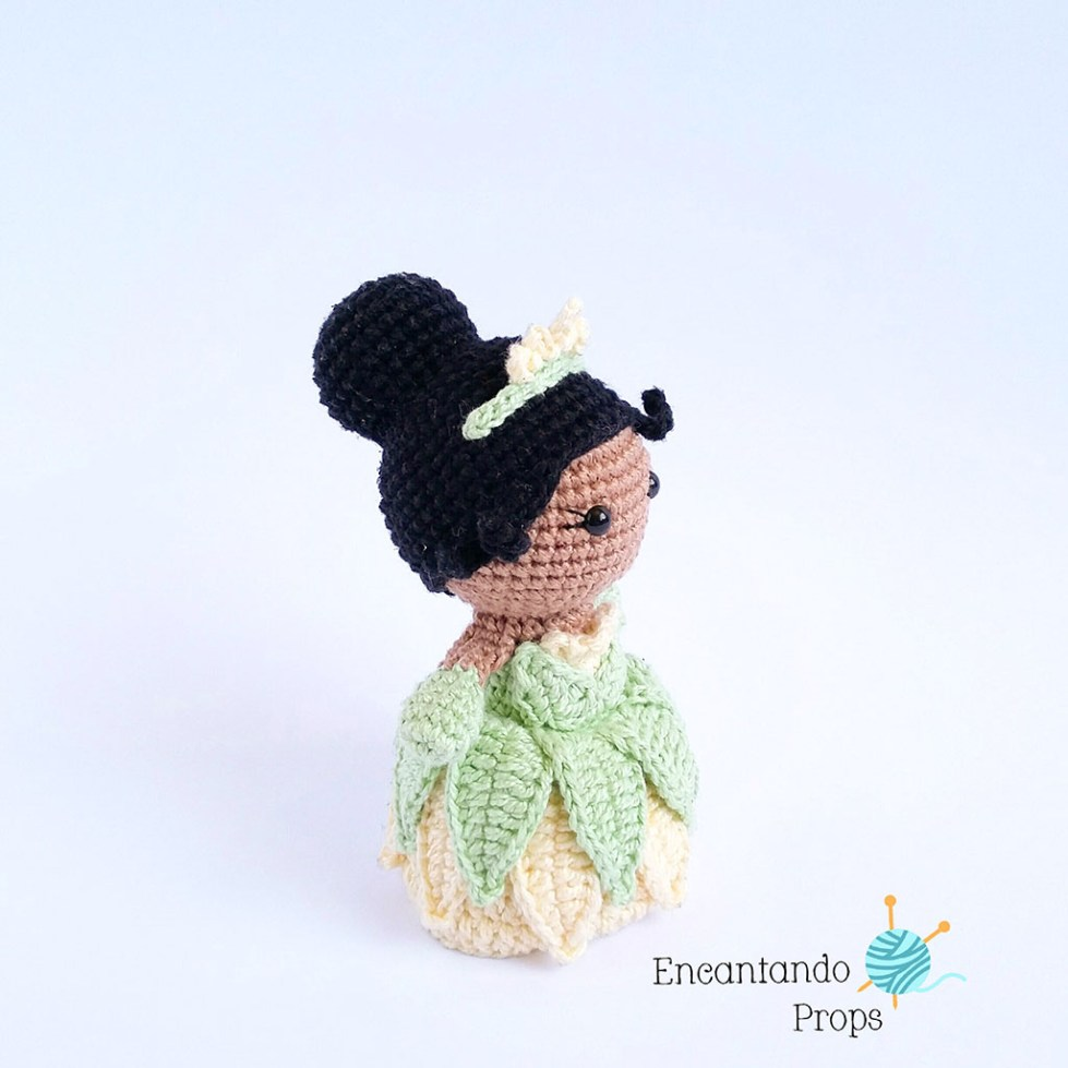 Fiona by Encantando Props