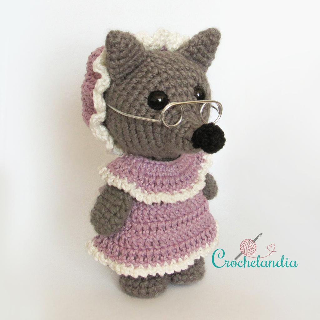 Ravelry: Baby Wolf Amigurumi pattern by Amanda Maciel | 1024x1024