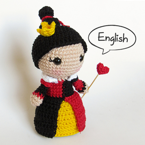 Toy Art Amigurumi Queen of Hearts