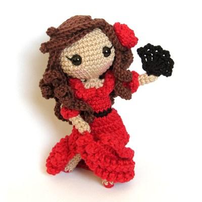 Toy Art Amigurumi Carmen - By Crochelandia