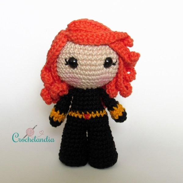 Toy Art Amigurumi Viúva Negra - by Crochelandia