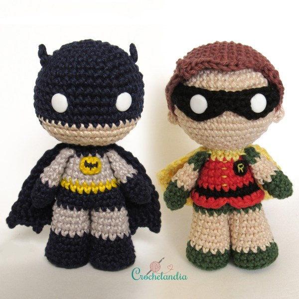 Toy Art Amigurumi Batman & Robin - by Crochelandia