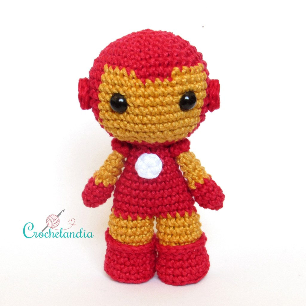 Toy Art Amigurumi Iron Man - by Crochelandia