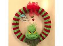 Grinch Christmas Wreath Crochet Pattern