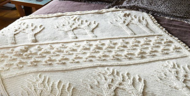 Free crochet pattern. LOVE how you don't need color to make this blanket look amazing.