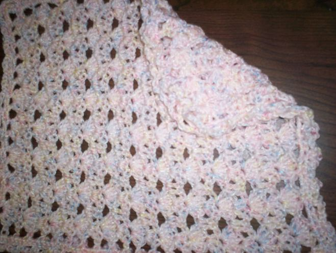 Crochet Pattern For Doll Blanket : STACKED SHELLS DOLL BLANKET Crochet