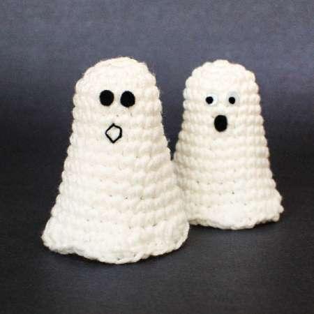 Crochet Tiny Ghosts