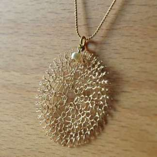 crochet_wire_pendant