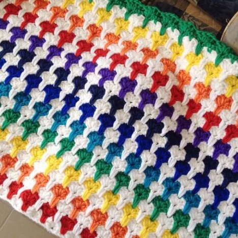 rainbow-crochet-blanket