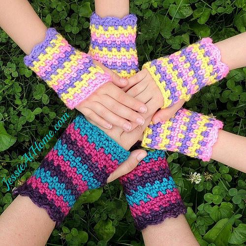 crochet-fingerless-cuffs-free-patterns