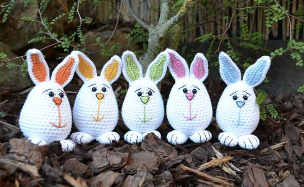 Easter_Bunnies_medium2