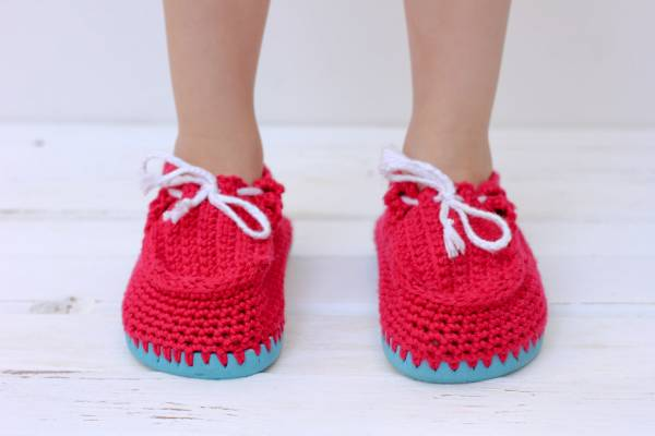 crochet-toddler-slippers-flip-flop-soles-22
